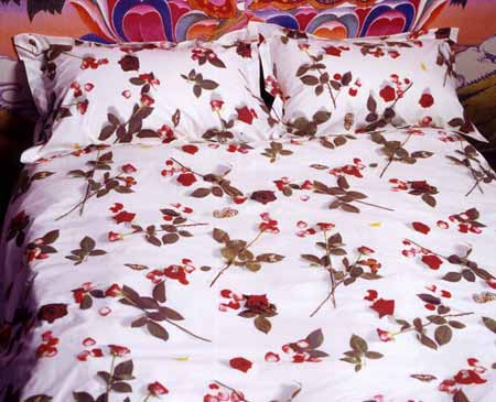 Egyptian cotton bedding, floral duvet, girls duvet cover,  floral sheets, cotton pillowcase, photo realistic floral print of roses, bed of roses design on white