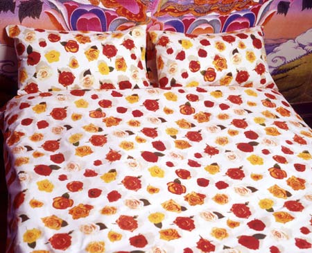 Egyptian cotton bedding, floral duvet, floral sheets, cotton pillowcase, photo realistic floral print of rose heads, summer rose design on white
